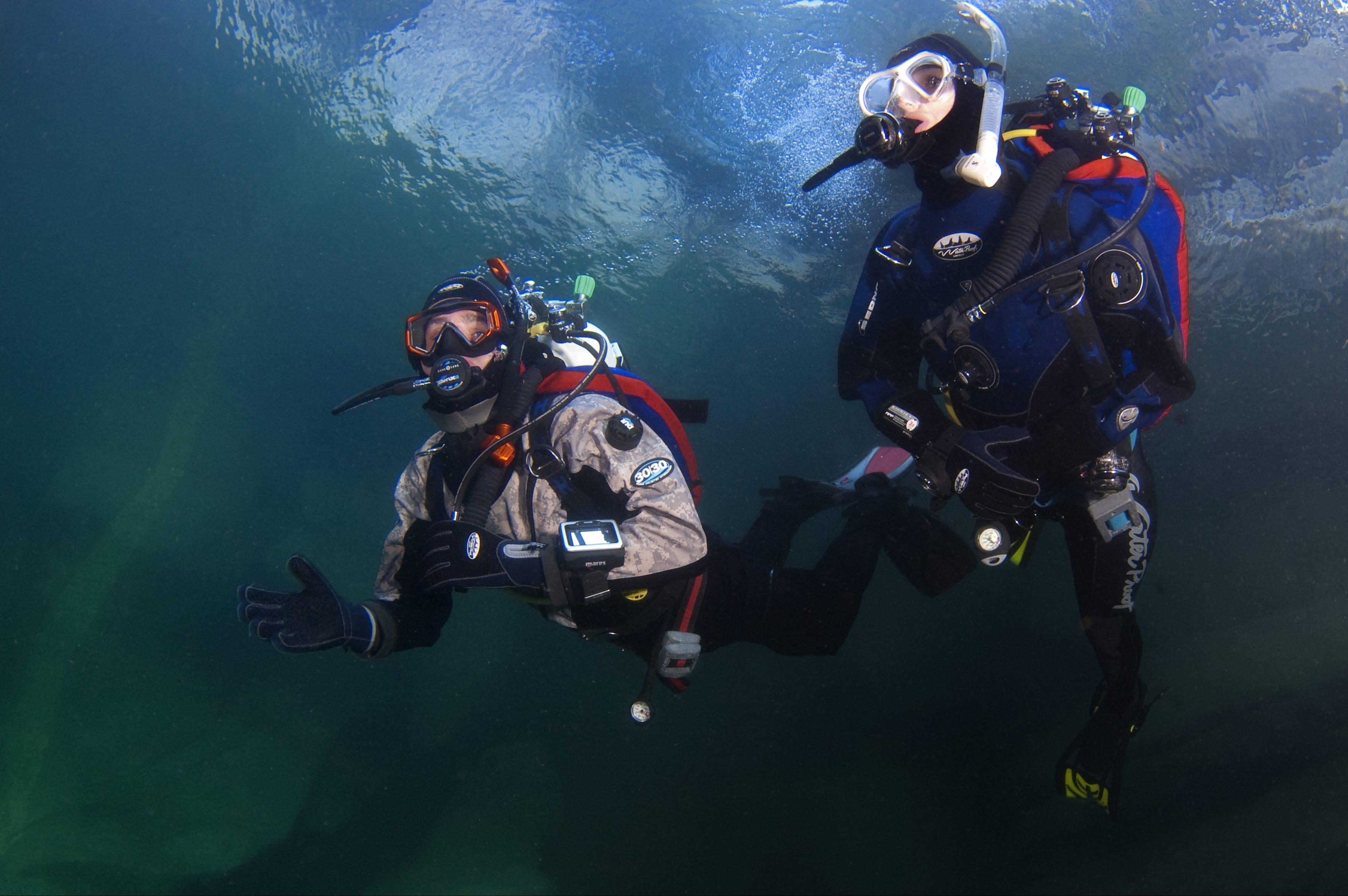 drysuit diver02